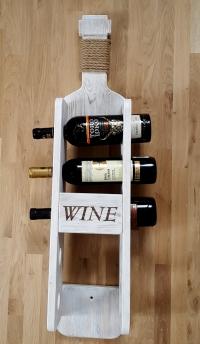 Полка для вина на 5 бутылок.